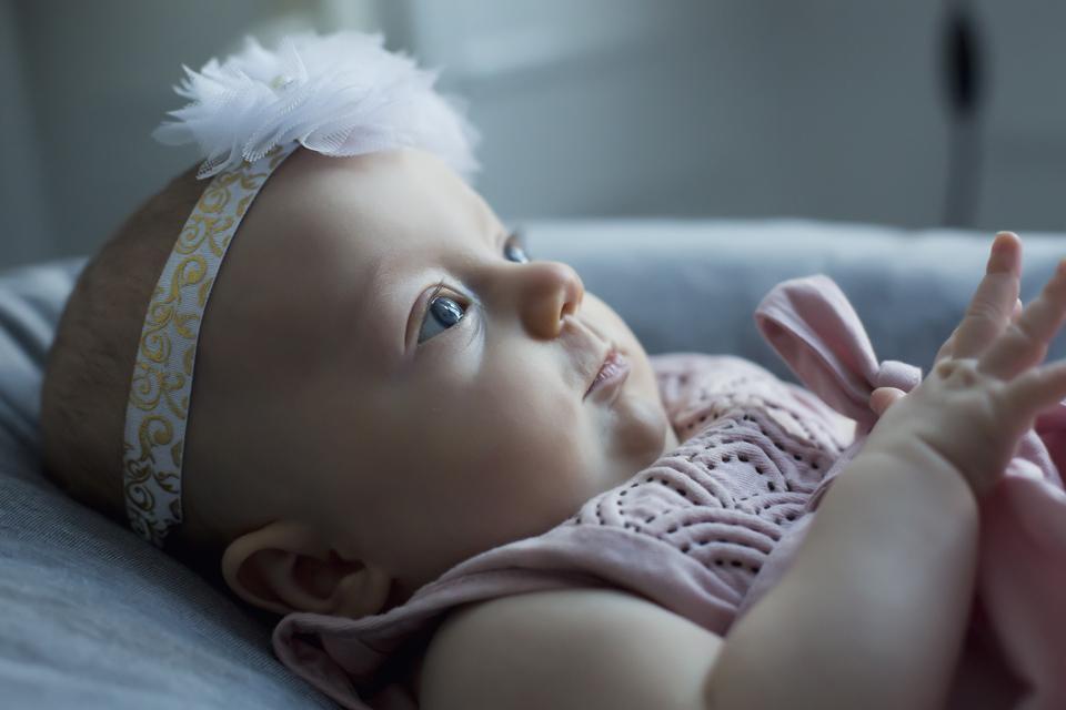 nyfødt fotografering framethebaby