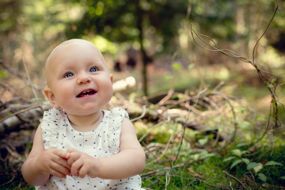 bayfotograf - udendørs babyfotografi - framethebaby